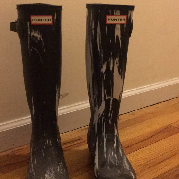 Black And White Marble Hunter Boots